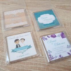 Пластиковые свадебные магниты на подарки гостям
